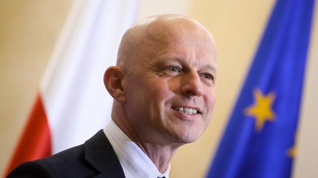 Szałamacha: KE wsparła ponadnarodowe korporacje, które nie płacą w Polsce podatków