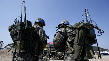 12-03-2016 08:40 Korea Północna grozi wojną z Koreą Południową
