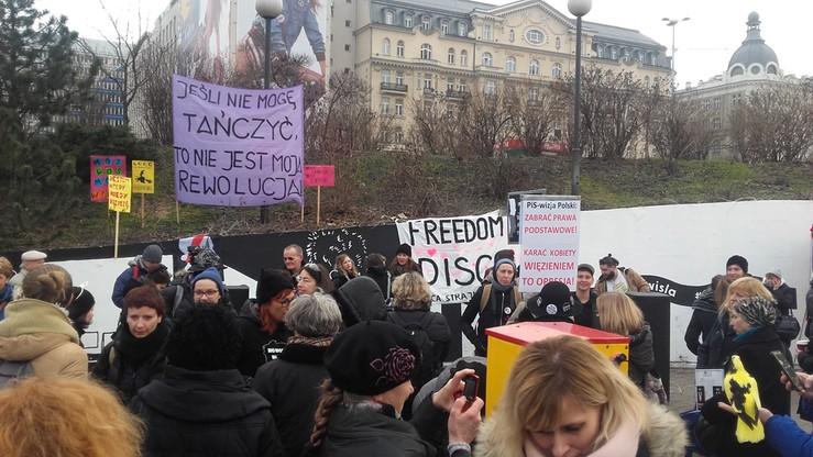 2017-03-08 Dzień Kobiet: Freedom Disco - demonstracja w Warszawie