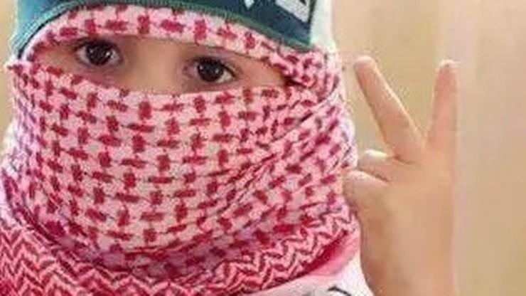 ISIS uczy 9-letnich chłopców wykonywania egzekucji