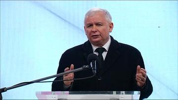 Kaczyński: tutaj, na Krakowskim Przedmieściu, musi stanąć pomnik smoleński