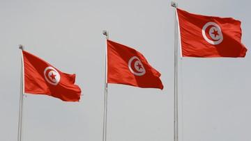 04-02-2016 16:11 Tunezja zniosła godzinę policyjną po dwóch tygodniach