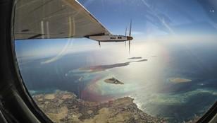 Jest rekord! Samolot o napędzie słonecznym zakończył pierwszy lot dookoła świata
