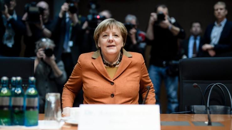 Merkel odrzuciła przed komisją zarzuty o błędy dot. wywiadu