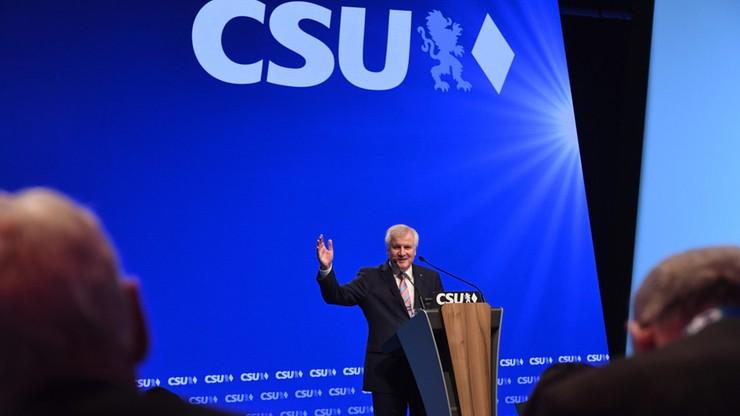 Zjazd bawarskiej CSU pierwszy raz bez Merkel. Powodem spór o politykę migracyjną