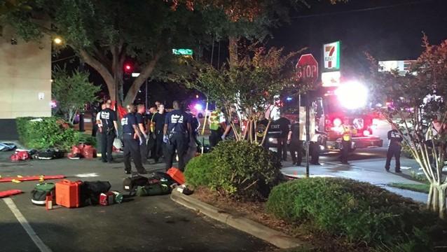 Strzelanina w klubie na Florydzie, mężczyzna wziął zakładników