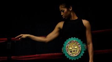 2015-10-30 Była tancerka mistrzynią boksu. 48-latka czyni cuda