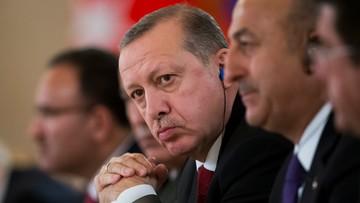 Zakaz lądowania w Holandii dla samolotu z szefem MSZ Turcji