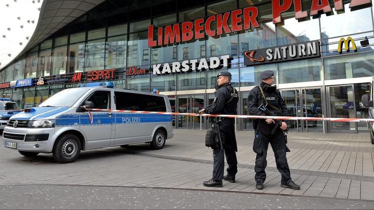 """Dwie osoby zatrzymane w związku z groźbą zamachu w Essen. """"Przechwycono instrukcje budowy bomb"""""""