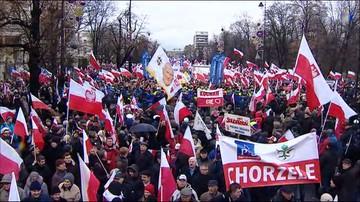 """13-12-2015 15:31 Marsz Wolności i Solidarności na ulicach Warszawy. """"Prezydencie jesteśmy z tobą"""""""