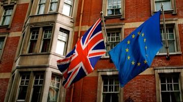 18-04-2016 20:42 54 proc. Brytyjczyków za pozostaniem w UE, 46 proc. przeciw