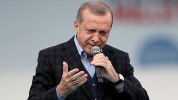 09-04-2017 20:16 Erdogan: po referendum wrócimy do sprawy przystąpienia do UE