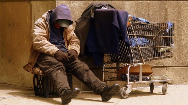 Policzyli bezdomnych w Polsce. W całym kraju jest ich ponad 33 tysiące