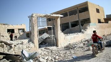 27-10-2016 20:43 Biały Dom: szkołę w Idlibie zbombardował reżim syryjski lub Rosja