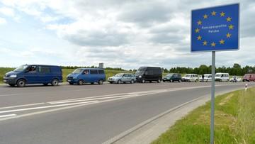 16-06-2016 10:41 Gigantyczne kolejki na wschodnich granicach Polski. Protest celników rozszerza się