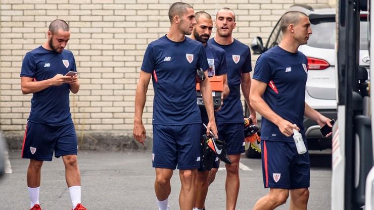 Gracze Athletic Bilbao ogolili głowy. To znak wsparcia dla chorego kolegi
