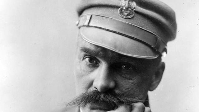 Prof. Roszkowski: 1918 - mistrzowska gra Piłsudskiego i Dmowskiego
