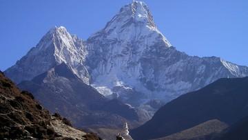 16-09-2017 06:33 Nepal zmierzy Mount Everest. Prace potrwają dwa lata