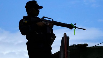 01-06-2017 05:48 Filipiny: w walkach o Marawi armia omyłkowo zabiła 10 własnych żołnierzy