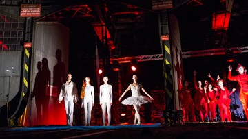03-04-2016 12:53 Teatr akrobatyczny z pierwszym występem w dawnej parowozowni