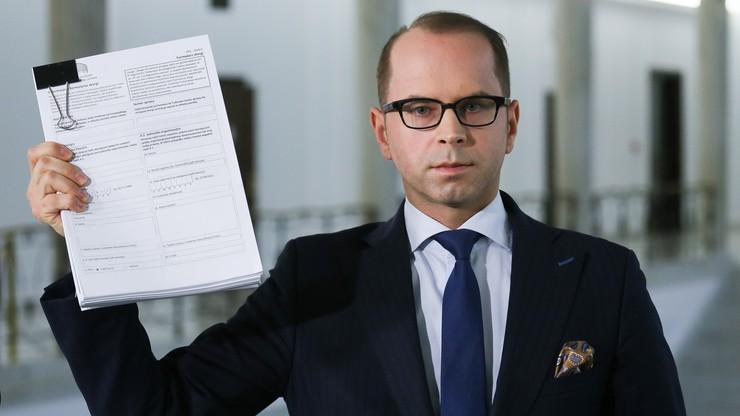 Poseł Szczerba zaskarżył Polskę do europejskiego trybunału. Za to, że Kuchciński wykluczył go z głosowania