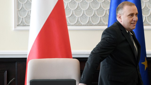 Schetyna: Polska musi się liczyć z imigracją z Ukrainy