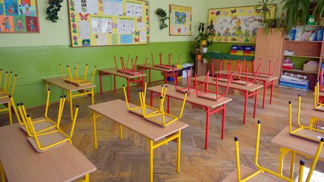 MEN: Płace zasadnicze nauczycieli wzrosną o 29-40 zł