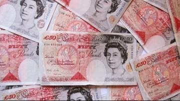 22-06-2016 16:40 Wzrósł popyt na euro i dolary przed brytyjskim referendum