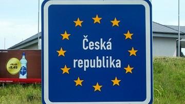24-02-2017 15:57 Polacy najczęściej lubią Czechów, Słowaków i Włochów. Niechęć budzą Arabowie