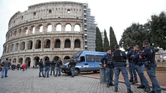 Włochy: muzułmanin aresztowany za występ w telewizji