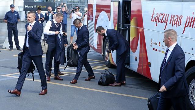 EURO 2016 - polscy piłkarze odlecieli do Francji