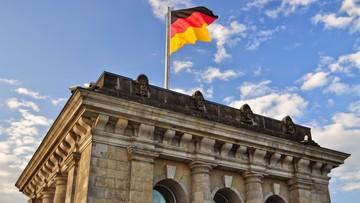 01-03-2017 14:16 Rzecznik niemieckiego rządu: Merkel bardzo sobie ceni pracę Tuska