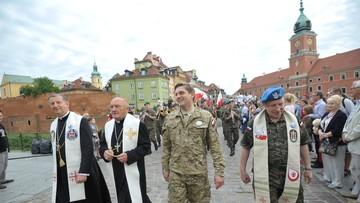 05-08-2017 08:26 Warszawska pielgrzymka akademicka wyruszyła na Jasną Górę. Idzie w niej 2,5 tys. młodych ludzi