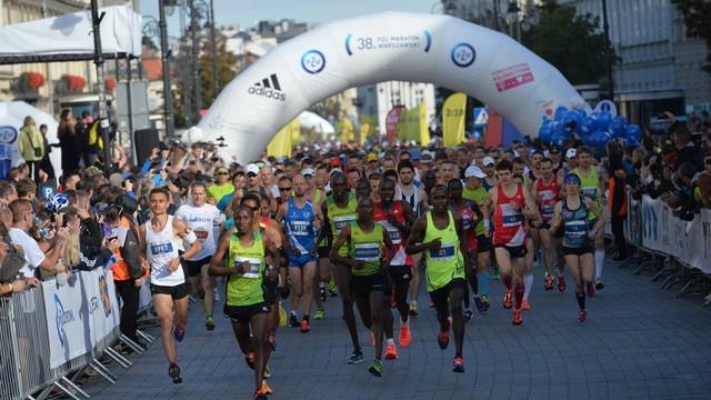 Maraton Warszawski: 10 tys. uczestników z kilkudziesięciu krajów i utrudnienia dla kierowców