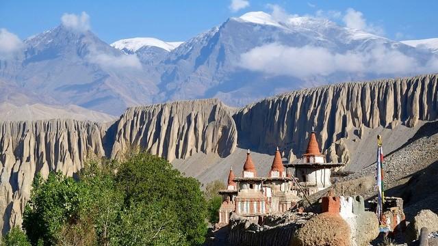 Nepal krajem emigrantów