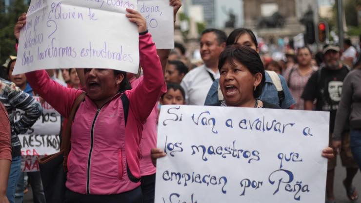 Blokada ulic i centrów handlowych. W Meksyku strajkują nauczyciele