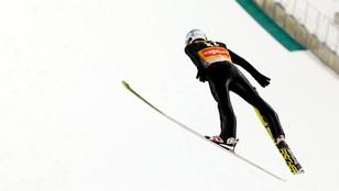 Stoch najlepszy w kwalifikacjach w Trondheim, pięciu Polaków w konkursie