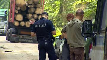 12-12-2017 16:57 Policja i straż leśna kierują wnioski o ukaranie protestujących przeciwko wycince w Puszczy Białowieskiej. 70 zarejestrowanych spraw
