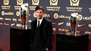 2015-12-05 Messi, Neymar i Suarez w... rosyjskim zoo