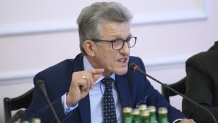 Piotrowicz nie widzi powodów do rezygnacji z mandatu posła