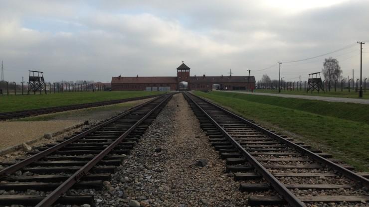 72 lata temu Niemcy rozpoczęli deportacje warszawiaków do Auschwitz