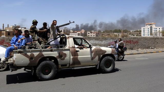 Jemen: wznowiono naloty na miasto