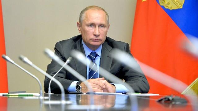 Putin: cieszą nas plany polityków francuskiej prawicy ws. Rosji