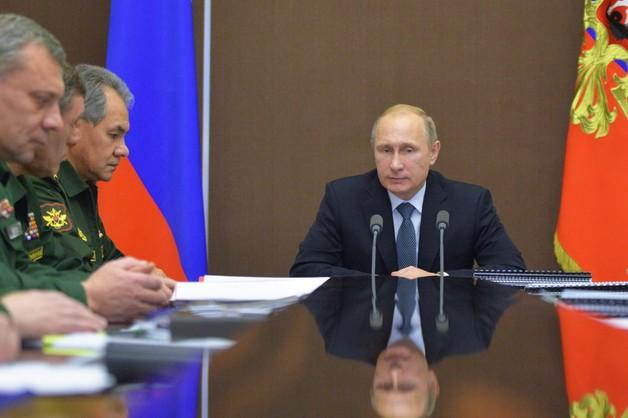Kłopoty Putina. Rubel wciąż gwałtownie tanieje
