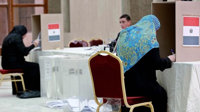 W Egipcie rozpoczęły się wybory parlamentarne