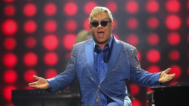 Elton John rozmawiał z Putinem o prawach gejów - prawie dwa razy