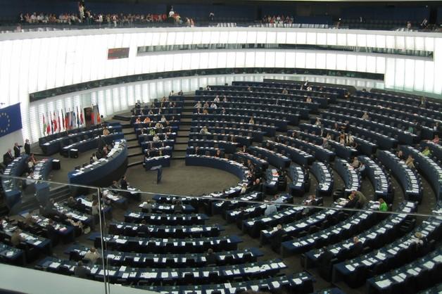 Europarlament powoła komisje śledczą - wzorem nasz Sejm