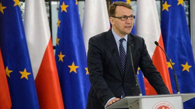 Sikorski apeluje o udział w wyborach: To najważniejsza decyzja w tym roku