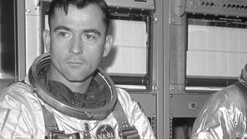 """Zmarł słynny astronauta John Young. """"Straciliśmy pioniera lotów kosmicznych"""""""