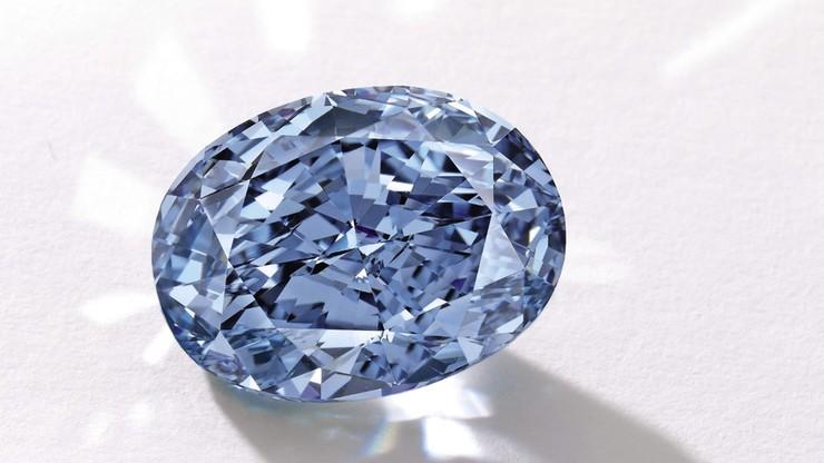 Prawie 32 mln dolarów za niebieski diament. Najdroższy kamień w Azji poszedł pod młotek